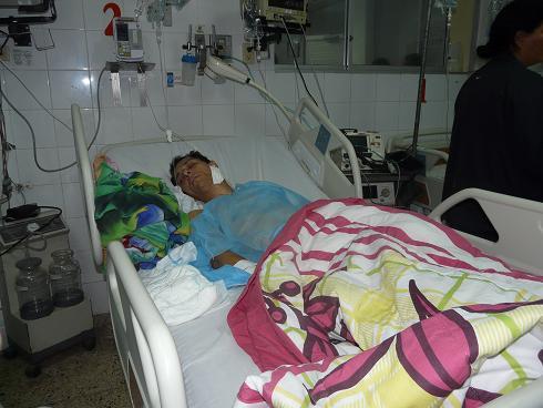 Taxista está en coma luego de recibir tres tiros