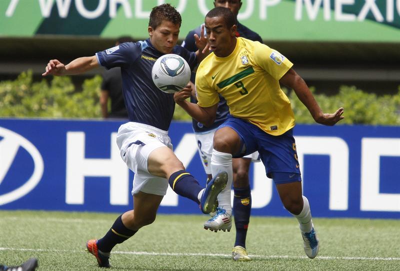 Brasil elimina a Ecuador con goles de Ademilson y Leo