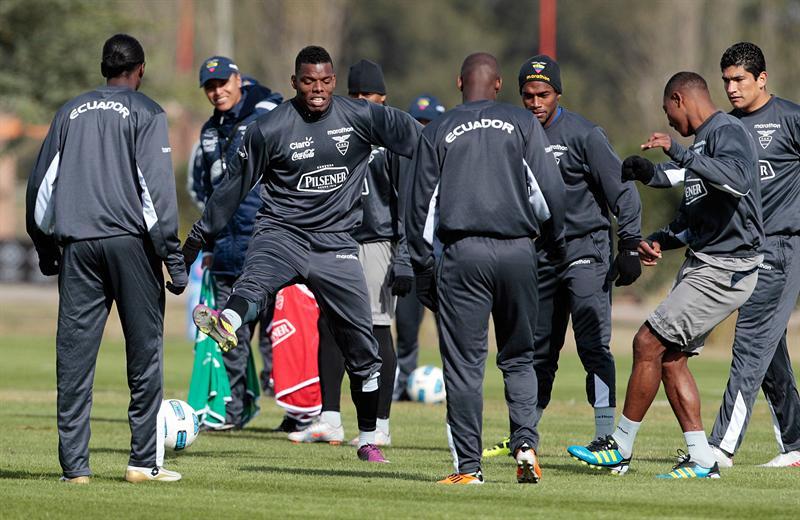 Concentración y motivación de jugadores previo al debut