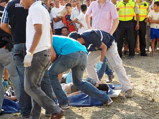 Matan a policía y dos acompañantes en una emboscada