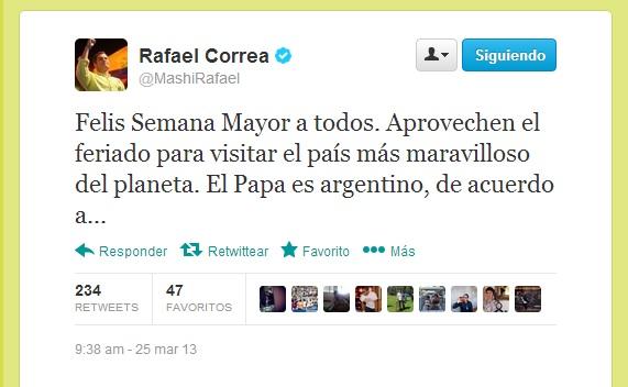'Tuiteros' corrigen la ortografía del presidente Correa