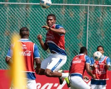 Valencia salió lesionado y será duda frente a Venezuela