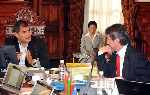 Vallejo asume el miércoles la Embajada en Colombia