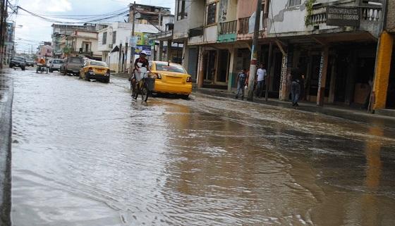 Chone soporta una nueva inundación