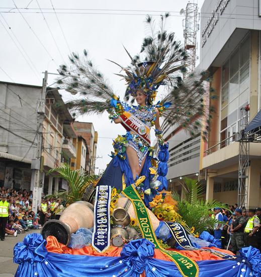 Chonenses rindieron tributo a la ciudad de los Naranjos en Flor