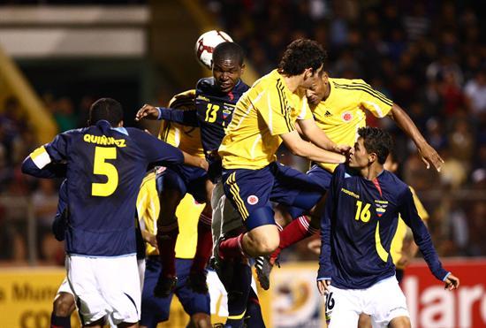 Ecuador no pudo vencer a Colombia en su debut