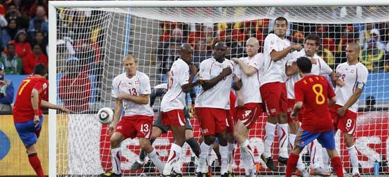 Suiza le gana por 1-0 a España (2T)