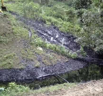 Rotura provoca el derrame de 5.500 barriles de petróleo