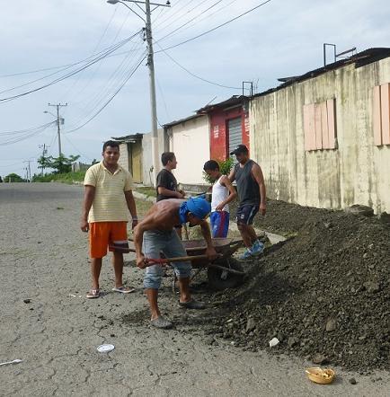 Moradores piden obras