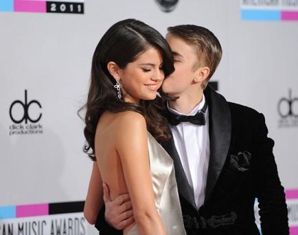 Selena Gomez no quiere que Justin Bieber lucre con su imagen