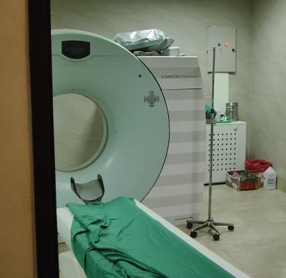 Tomógrafo no funciona por tercera vez en el hospital del IESS de Portoviejo