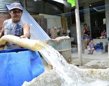 Cuatro Esquinas paraliza su actividad y deja sin agua a Portoviejo