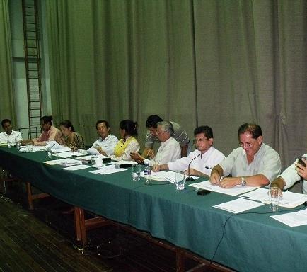 Representantes del MTOP socializan carretera Manta-Bahía