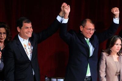 Presidente Corra recibe credencial para nuevo mandato de cuatro años
