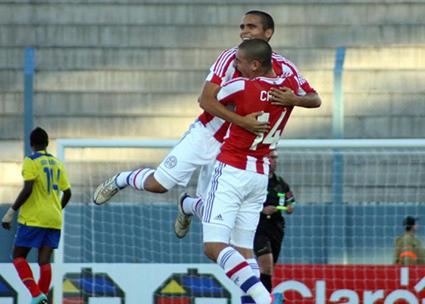 La 'Mini Tri' pierde 0-3 ante Paraguay