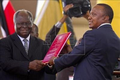 Kenyatta,  cuarto presidente de Kenia