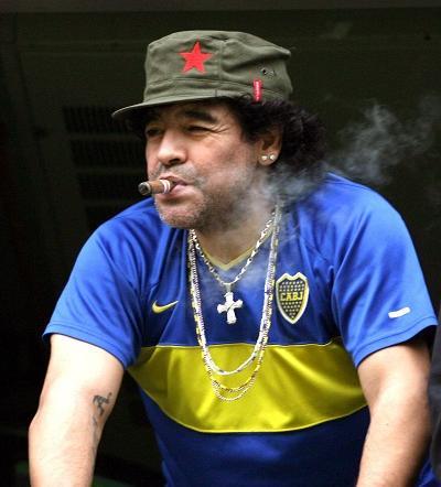 Maradona estará en cierre de campaña de Maduro