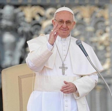 El papa Francisco asegura que el dinero y el poder no salvarán al hombre