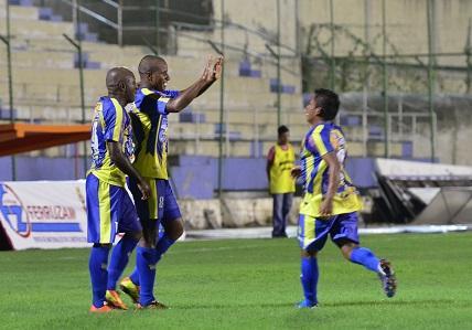 Delfín vence al Palmeiras por 4-1 en el Jocay