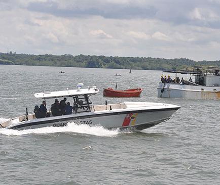 Seis detenidos por pescar ilegalmente