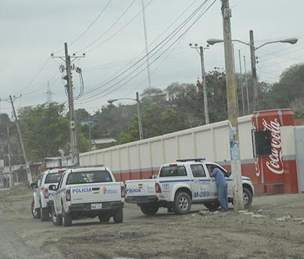 Un herido en choque de bus y auto