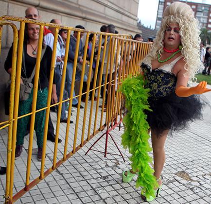 Parlamento de Uruguay aprueba el matrimonio gay