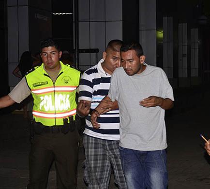 Cuatro detenidos por robo a camión