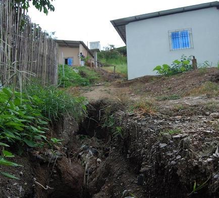 80 familias que viven en zona de riesgo piden obras emergentes