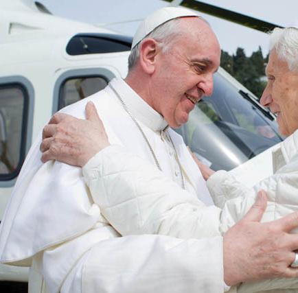 Benedicto XVI no está grave