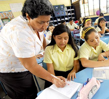 3.500 docentes aún sin estabilidad
