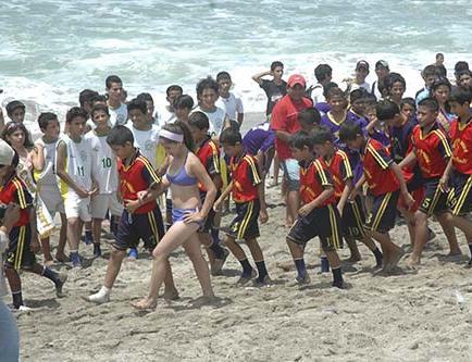 Torneo infantil playero se juega en El Murciélago
