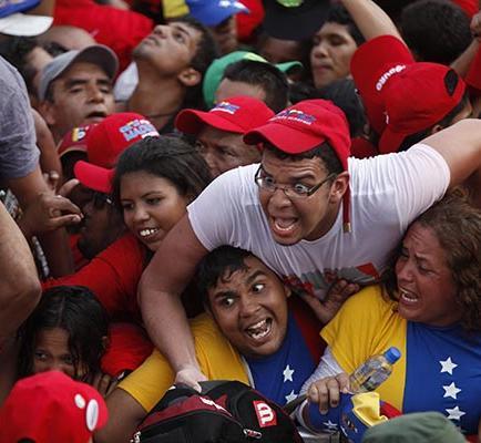 Venezolanos esperan el día para ir a votar