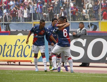 Emelec cae ante el Deportivo Quito y pierde su invicto