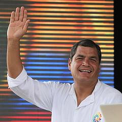 Correa ordena responder un eventual ataque de grupos irregulares colombianos