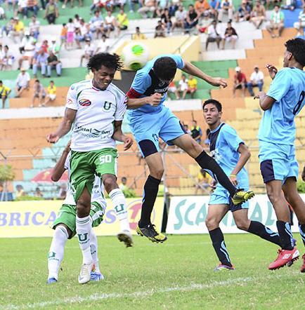 Con 3 'hat trick' Liga (P) goleó 11-0 a La Paz