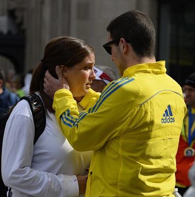 Al menos dos muertos y decenas de heridos en explosiones en maratón de Boston