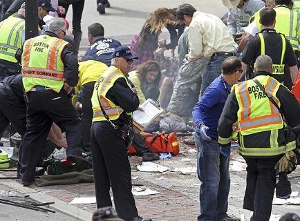 EE.UU. está en busca de los autores de atentados en Boston