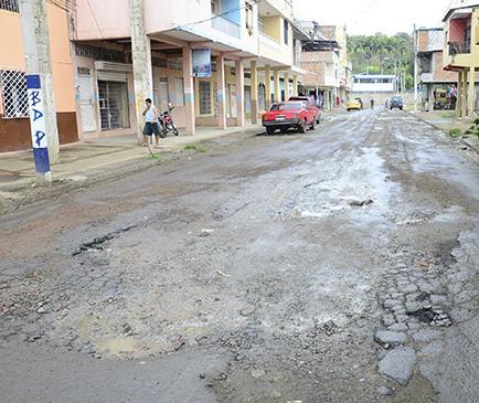 Adjudican  Mejoramiento De la calle Bolívar