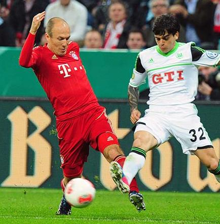 Bayern golea y pasa a la final