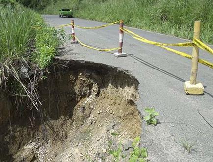 Piden arreglo de la vía a Tosagua