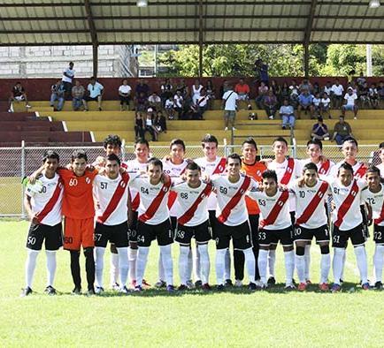 River Plate pelea la punta hoy frente a Espam