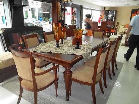 Contin a la expoferia del mueble cuencano el diario ecuador for El mayorista del mueble