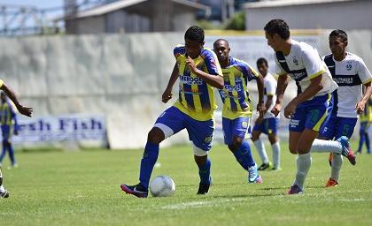 Delfín golea 5 - 0 a Ciudad de Pedernales