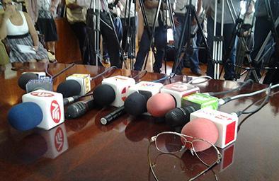 Alertan de progresiva pérdida de libertad de prensa en Ecuador