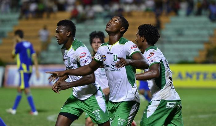 Liga de Portoviejo gana y se consolida en el Ascenso