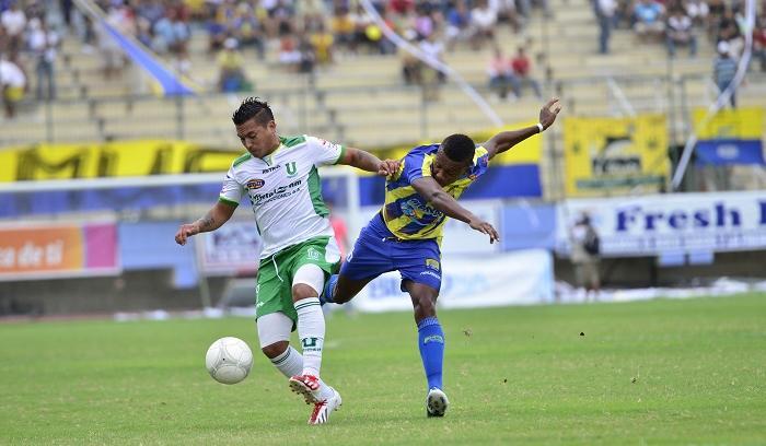 Liga (P) y Delfín empatan 1-1 en el Clásico Manabita