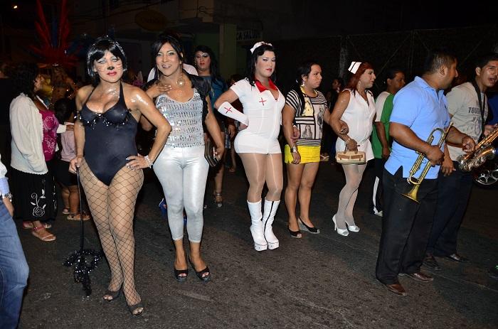 Desfile glbt por las calles de centro historico - 5 2