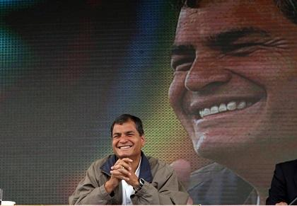 Oficialismo busca reforma para reelección de Rafael Correa