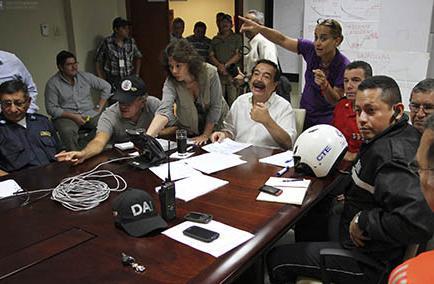 Nebot se defiende de críticas del presidente Correa