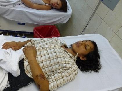 Mujer es llevada al hospital tras 5 días de sufrir accidente